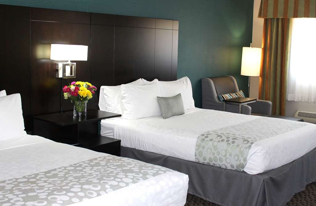 Best Western Plus La Mesa San Diego - Two Queen Bed Guest Room