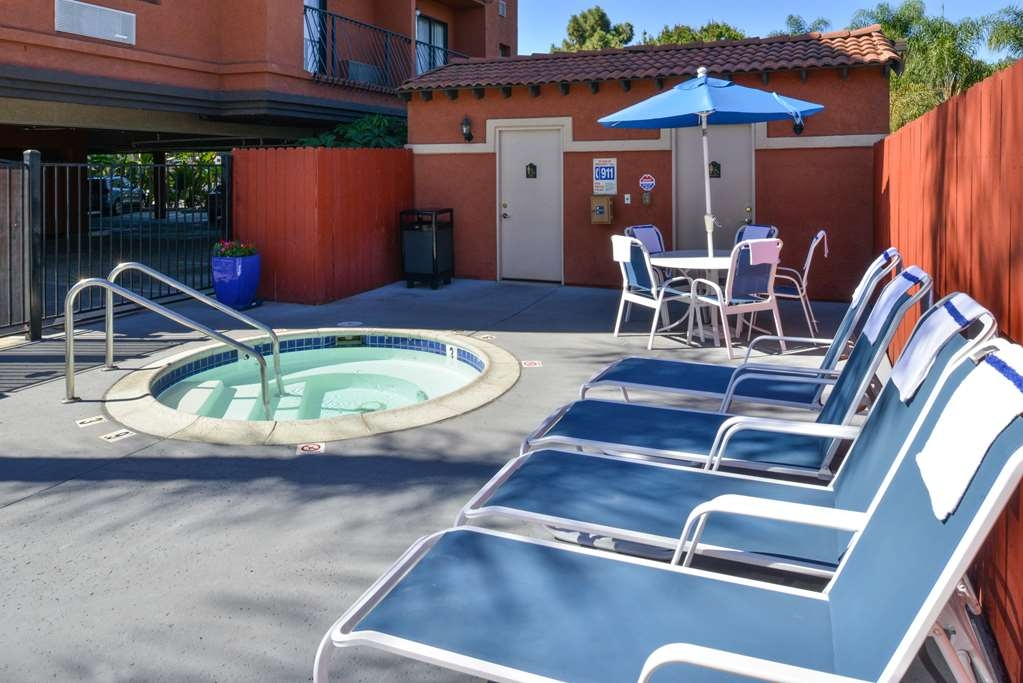Best Western Plus La Mesa San Diego - We offer plenty of poolside chairs and seating to make for a fun day at the pool.
