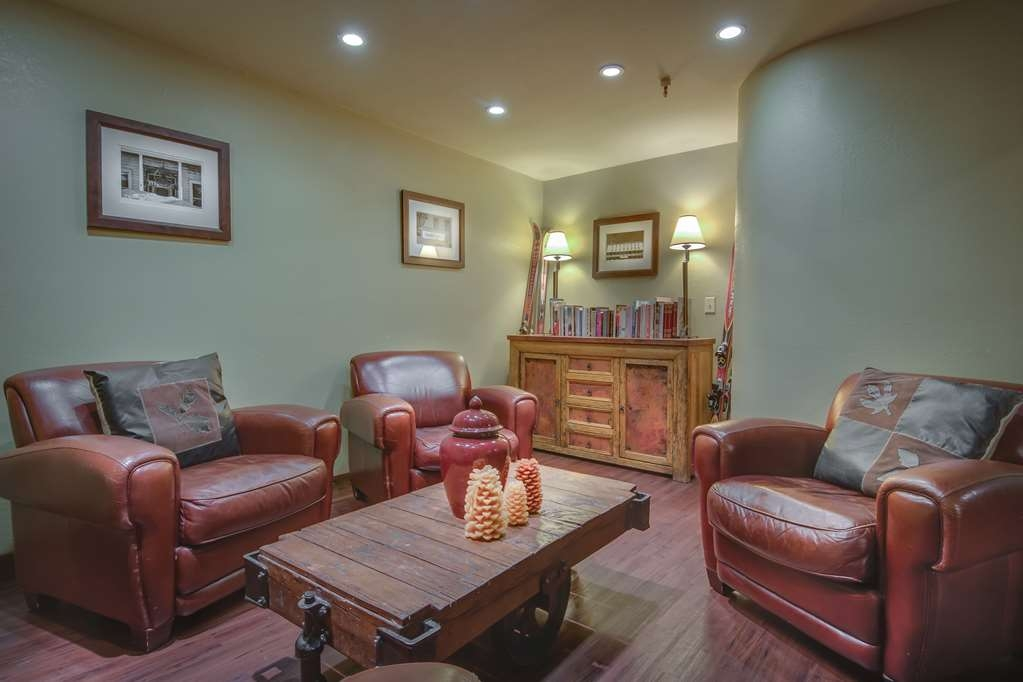 Best Western Plus Truckee-Tahoe Hotel - Bar / Lounge