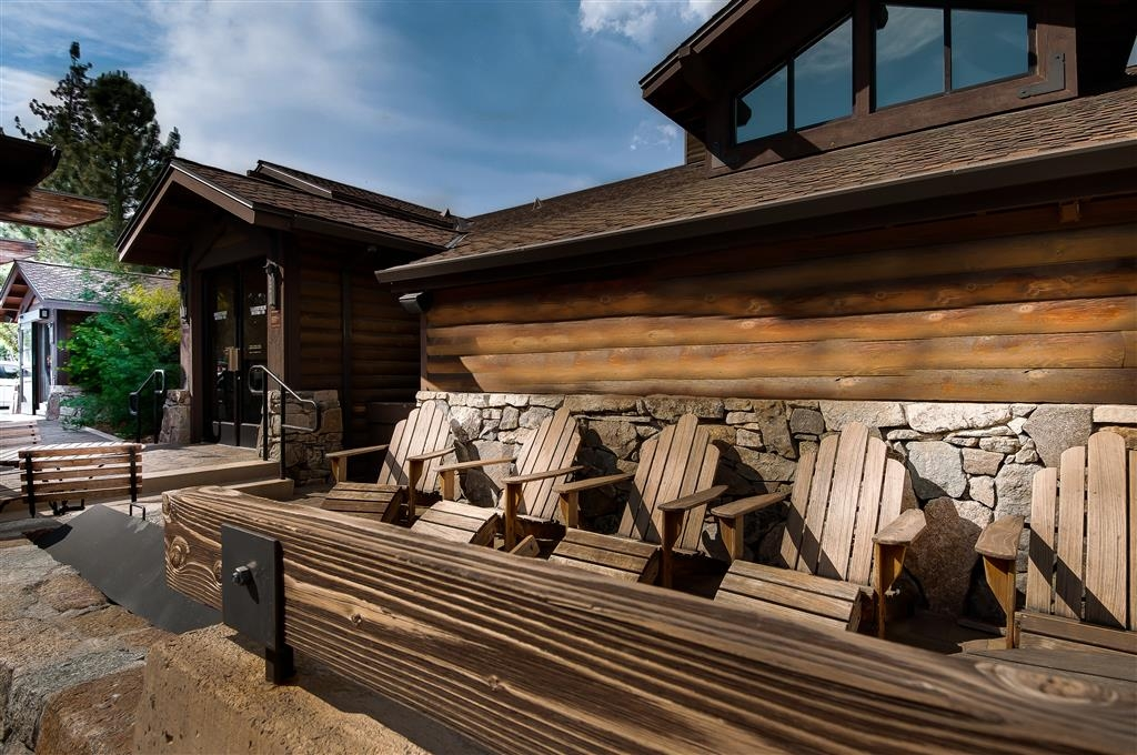 Best Western Plus Truckee-Tahoe Hotel - Entrée de l'hôtel