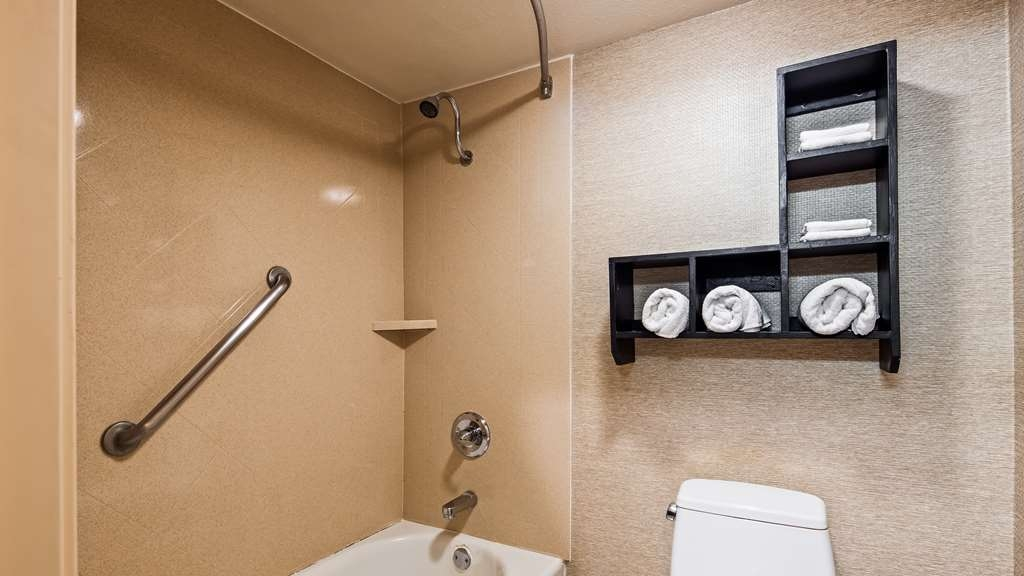 Best Western Brentwood Inn - Guest room