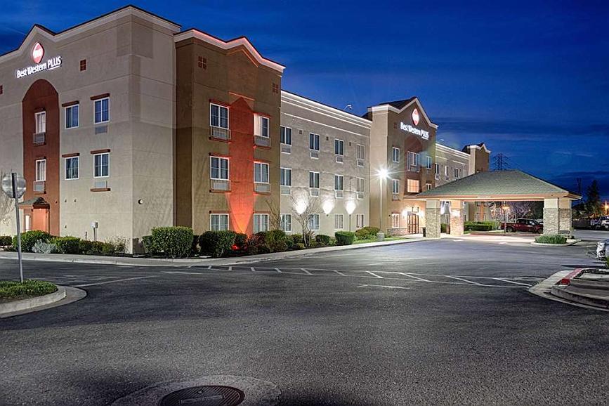 Best Western Plus Delta Inn & Suites - Vista exterior