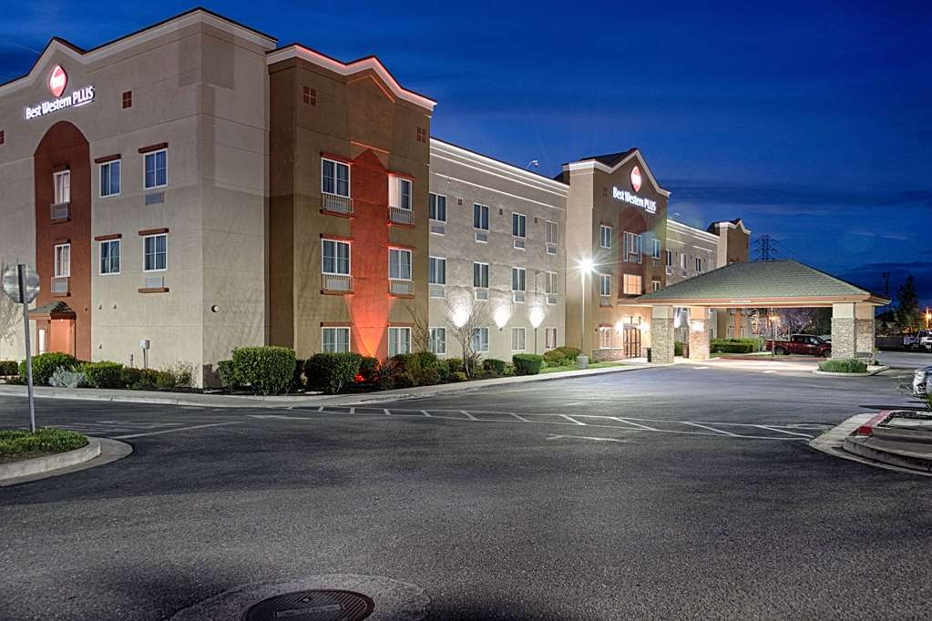 Best Western Plus Delta Inn & Suites - Vista Exterior
