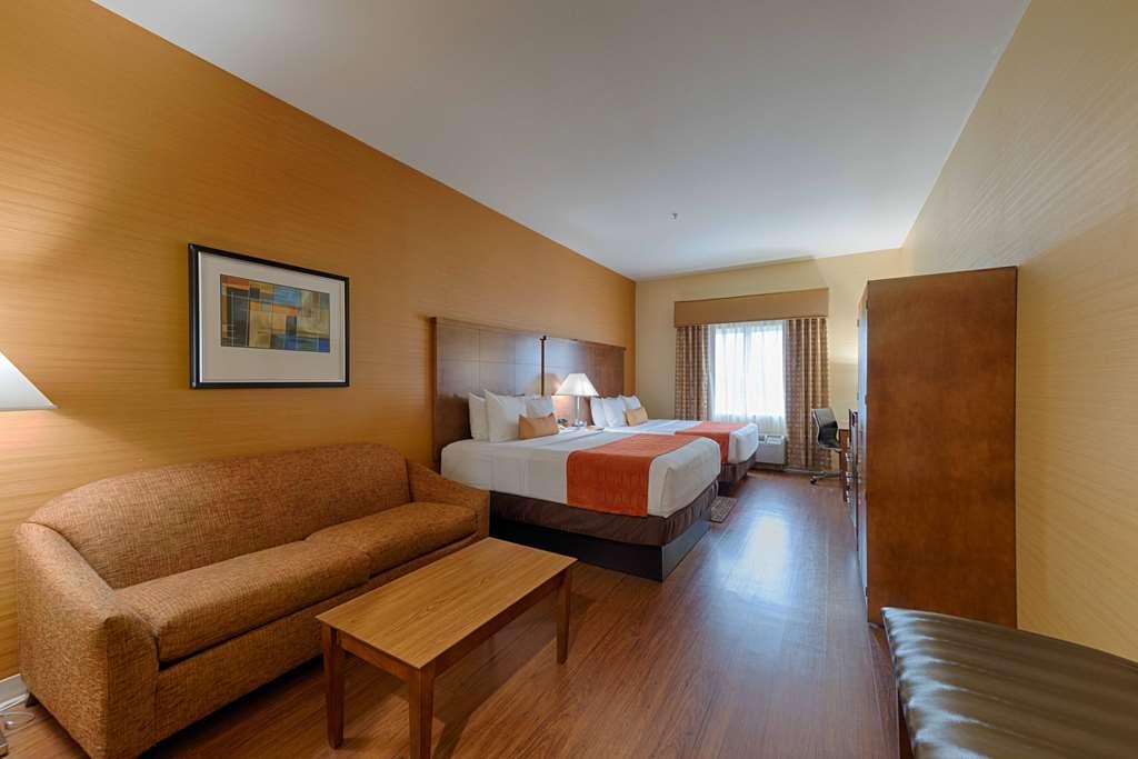 Best Western Plus Delta Inn & Suites - Camere / sistemazione
