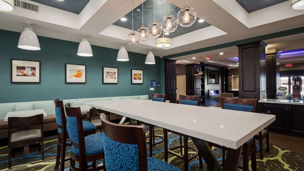 Best Western Plus Taft Inn - Breakfast Area Seating
