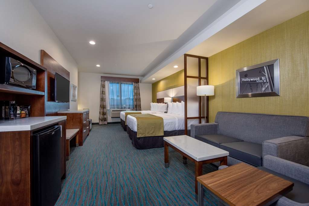 Best Western Plus Gardena Inn & Suites - Two Queen Suite