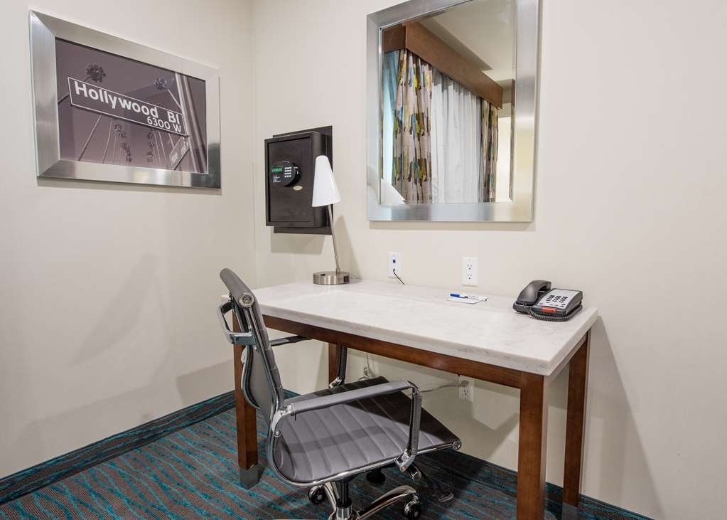 Best Western Plus Gardena Inn & Suites - Guest Room Work Desk