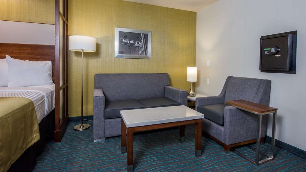 Best Western Plus Gardena Inn & Suites - Guest Room