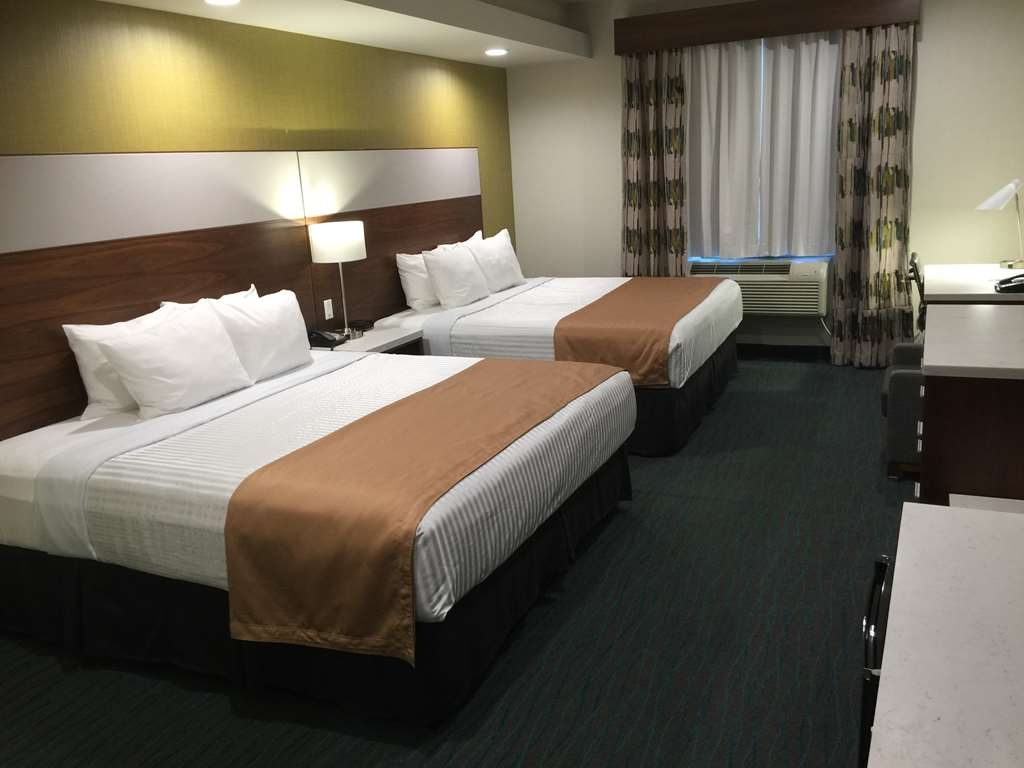 Best Western Plus Gardena Inn & Suites - Two King Guestroom