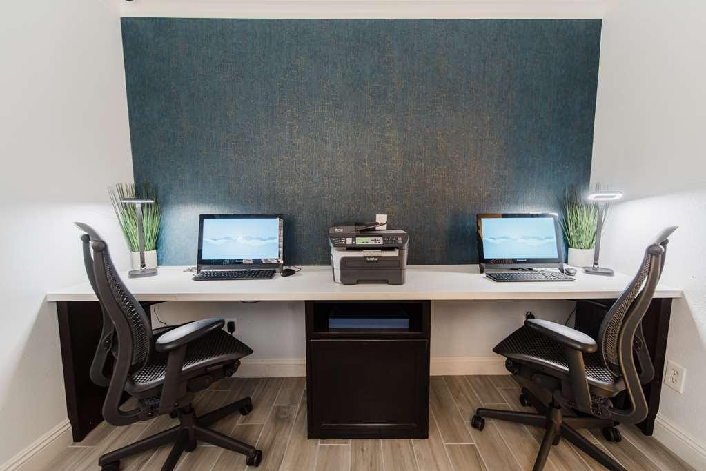 Best Western Plus Manhattan Beach Hotel - 24 Hour Business Center