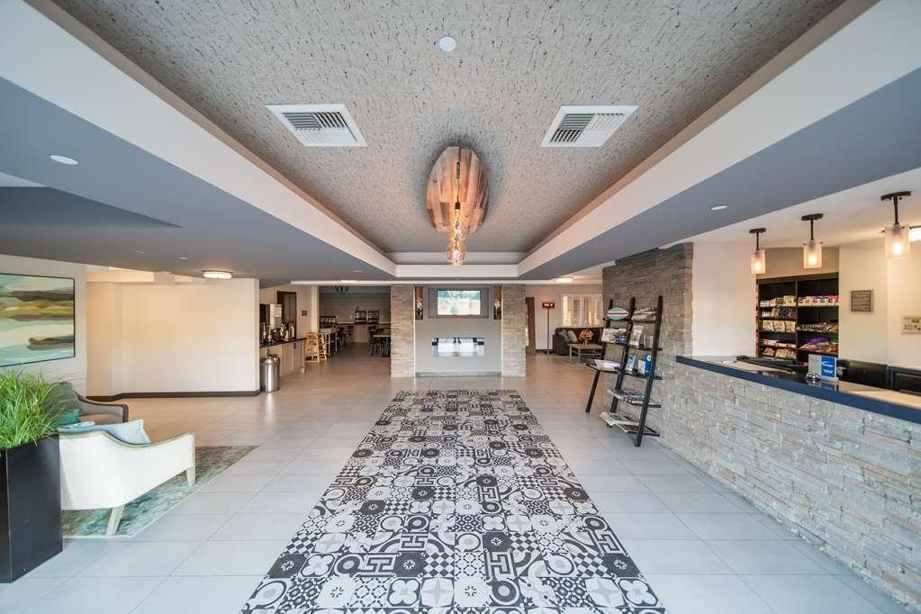 Best Western Plus Manhattan Beach Hotel - Hall