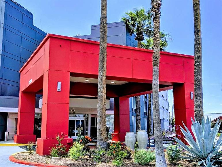Best Western Plus Commerce Hotel - Vue extérieure