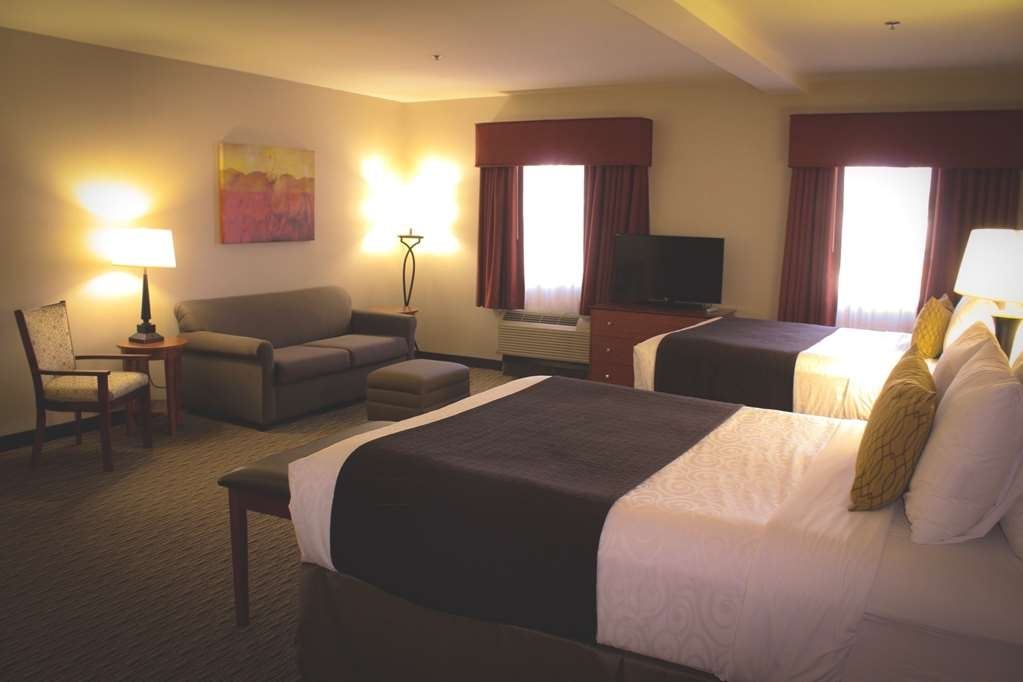 Best Western Plus Arrowhead Hotel - Suite