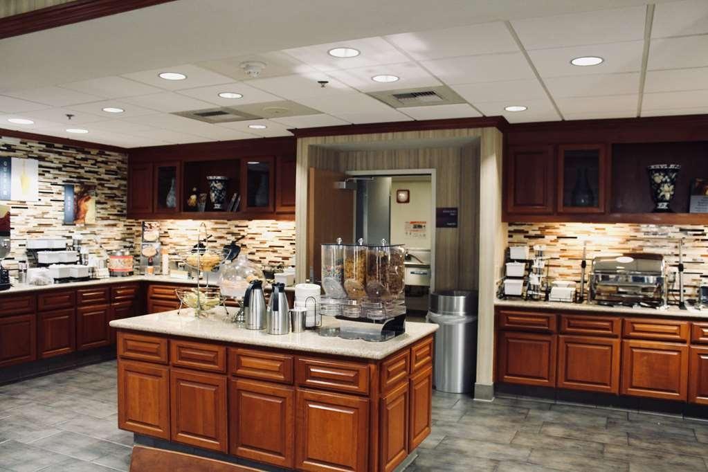 Best Western Plus Arrowhead Hotel - Breakfast Area