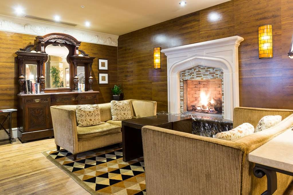 The Cartwright Hotel - Union Square, BW Premier Collection - Warm up by our fireplace sitting area.