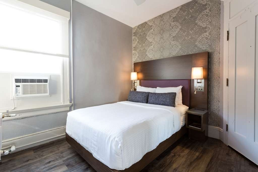 The Cartwright Hotel - Union Square, BW Premier Collection - Make yourself at home in our single twin guest room.