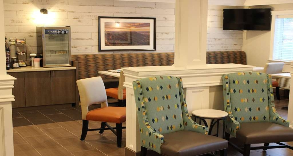 Best Western Paradise Hotel - Breakfast Seating
