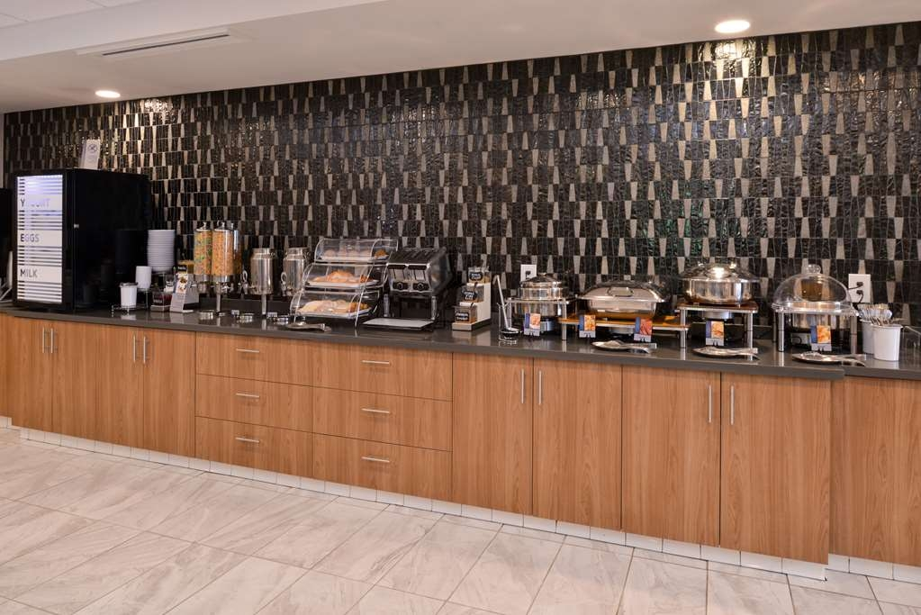 Best Western Plus Coalinga Inn - Restaurant / Gastronomie