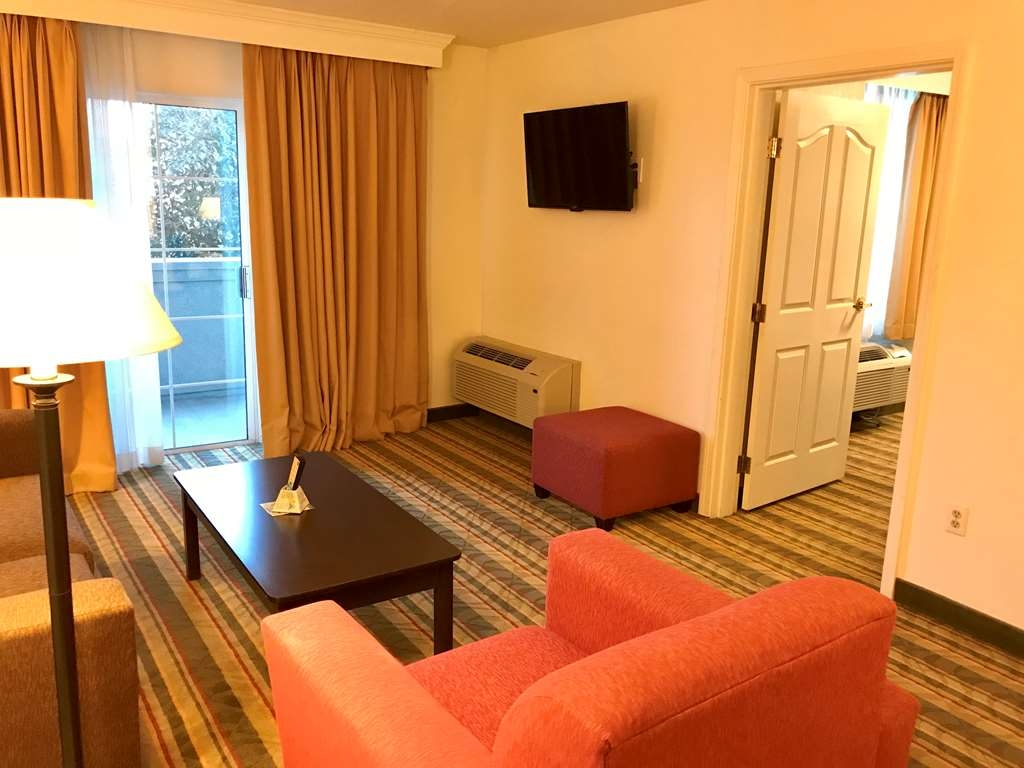 Best Western Visalia Hotel - Zimmer Annehmlichkeiten