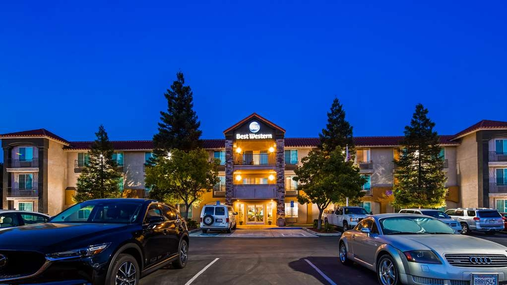Best Western Visalia Hotel - Welcome to the Best Western Visalia Hotel