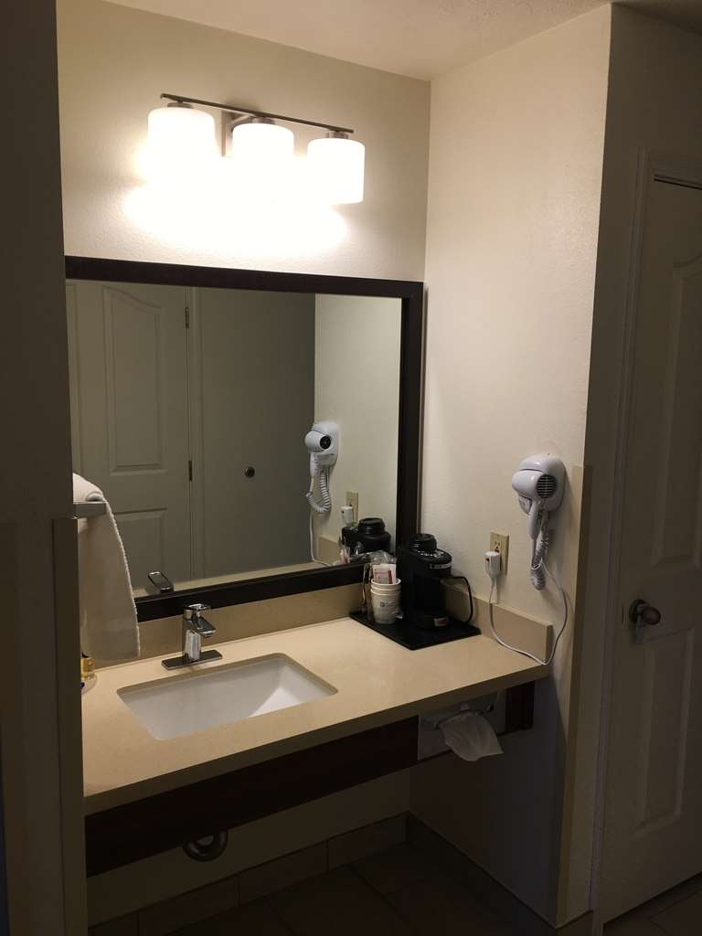 Best Western Visalia Hotel - Vanity in Room with Two Queen Size Beds