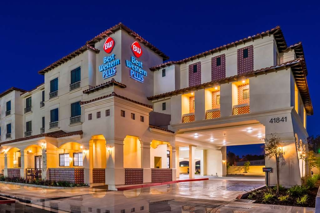 Best Western Plus Temecula Wine Country Hotel & Suites - ExteriorNighttimeCloseup