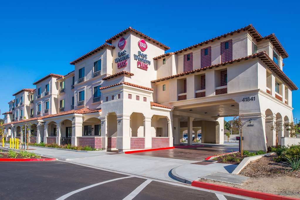 Best Western Plus Temecula Wine Country Hotel & Suites - ExteriorDaytime