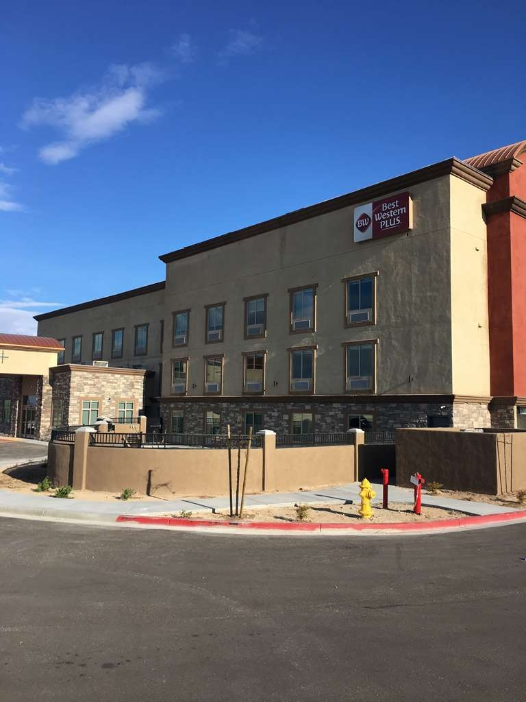 Best Western Plus Commerce Parkway Inn & Suites - Facciata dell'albergo