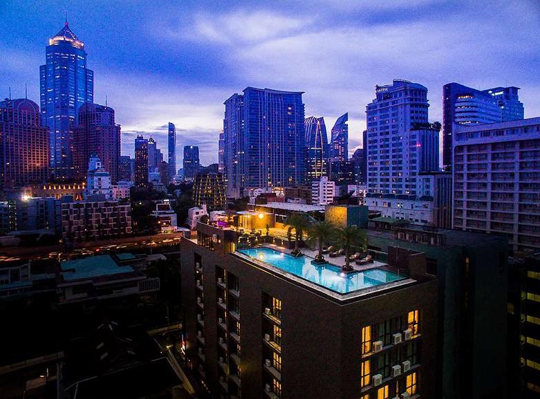 SureStay Plus Hotel by Best Western Sukhumvit 2 - Vista exterior