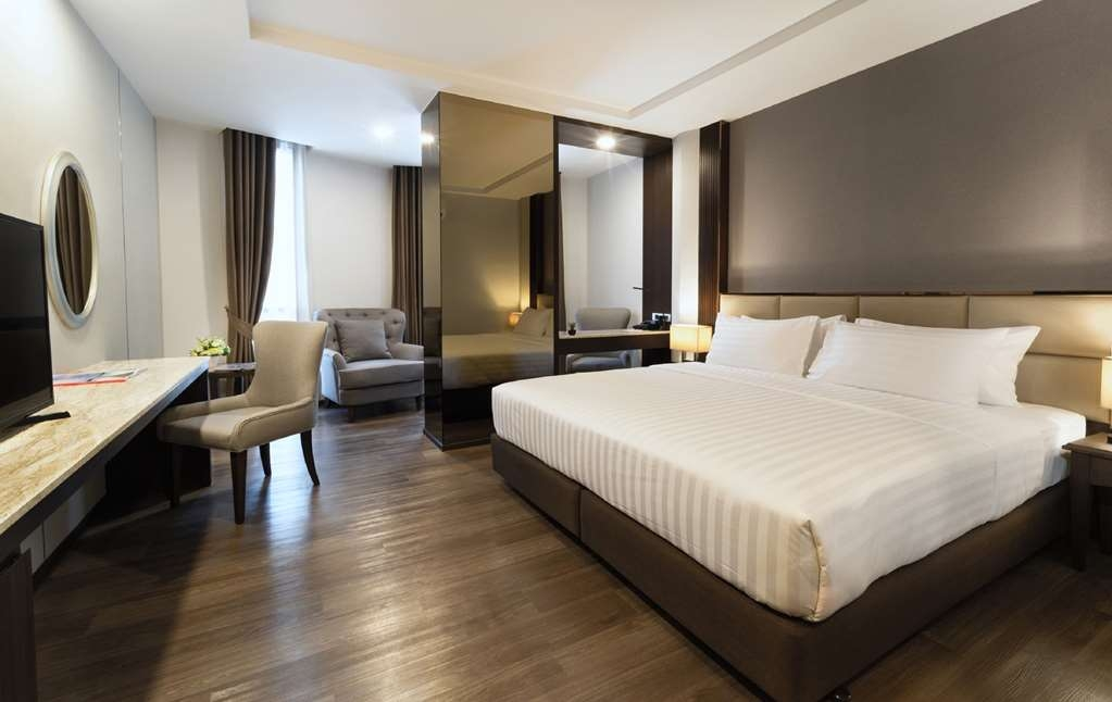 SureStay Plus Hotel by Best Western Sukhumvit 2 - SureStay Plus Sukhumvit Deluxe King Bed