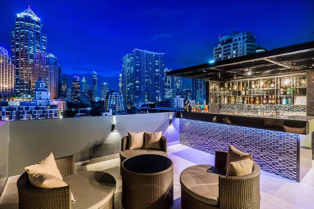SureStay Plus Hotel by Best Western Sukhumvit 2 - Bar/Salón