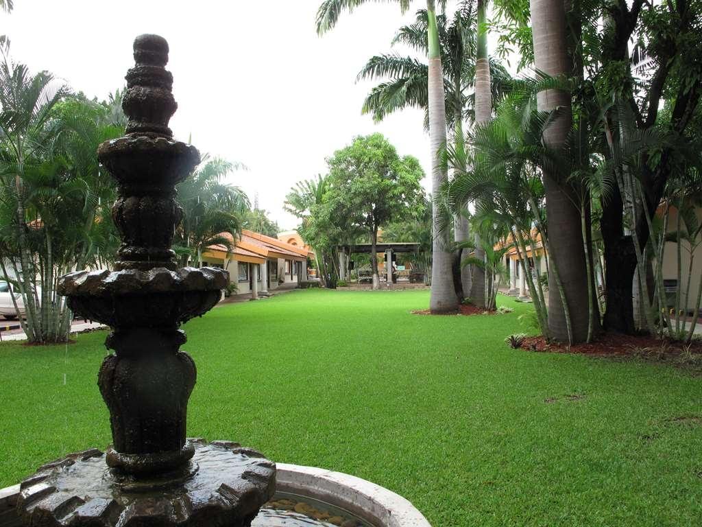 SureStay Hotel by Best Western Palmareca - Water source
