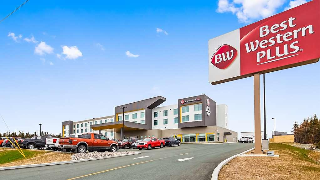 Best Western Plus St. John's Airport Hotel and Suites - Area esterna