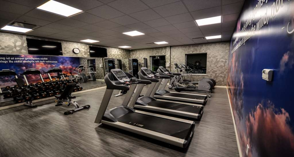 Best Western Plus St. John's Airport Hotel and Suites - Fitness Center