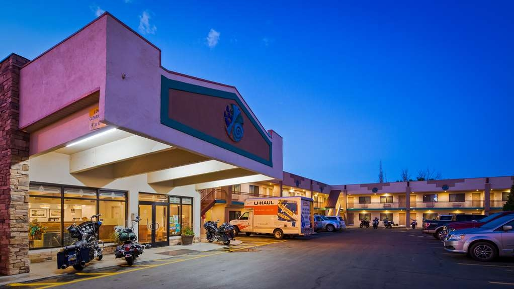 Best Western Turquoise Inn & Suites - Begin your stay Cortez at the Best Western Turquoise Inn and Suites and enjoy an unforgettable visit.