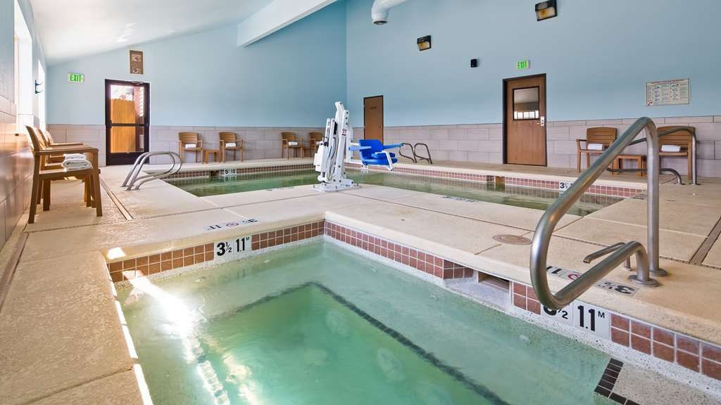 Best Western Rambler - Hot tub, to relax in.