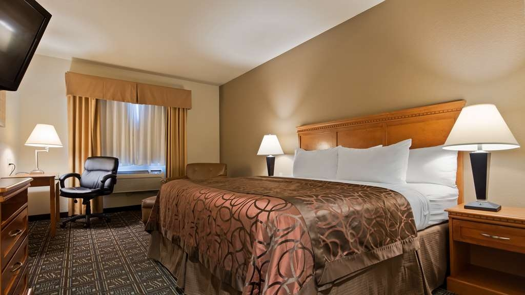 Best Western Rambler - King Guest Room. We have exterior entrance rooms as well as interior entrance rooms. We have rooms with mountain views.