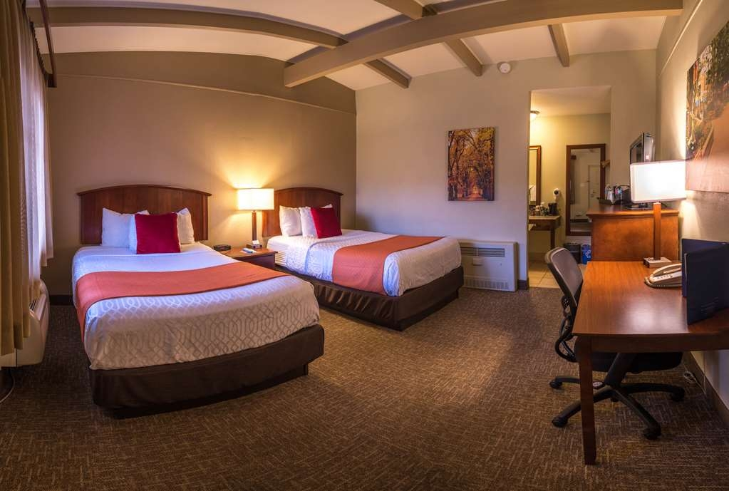 Best Western University Inn - Chambre standard avec deux lits doubles