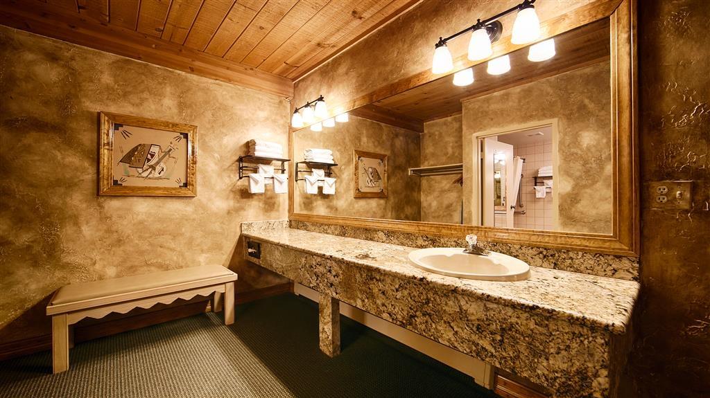 Best Western Antlers - Cuarto de baño de clientes