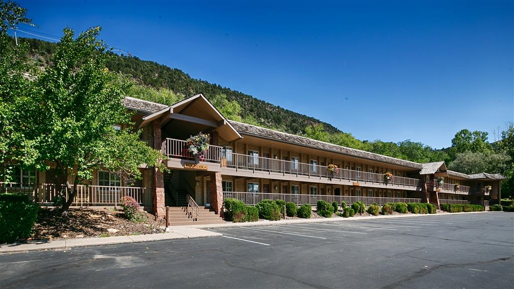 Best Western Antlers - True Colorado charm and beautiful views await you during your stay in the Elk Lodge building!