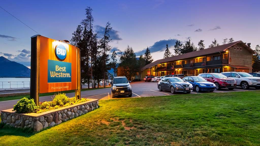 Best Western Ptarmigan Lodge - Facciata dell'albergo