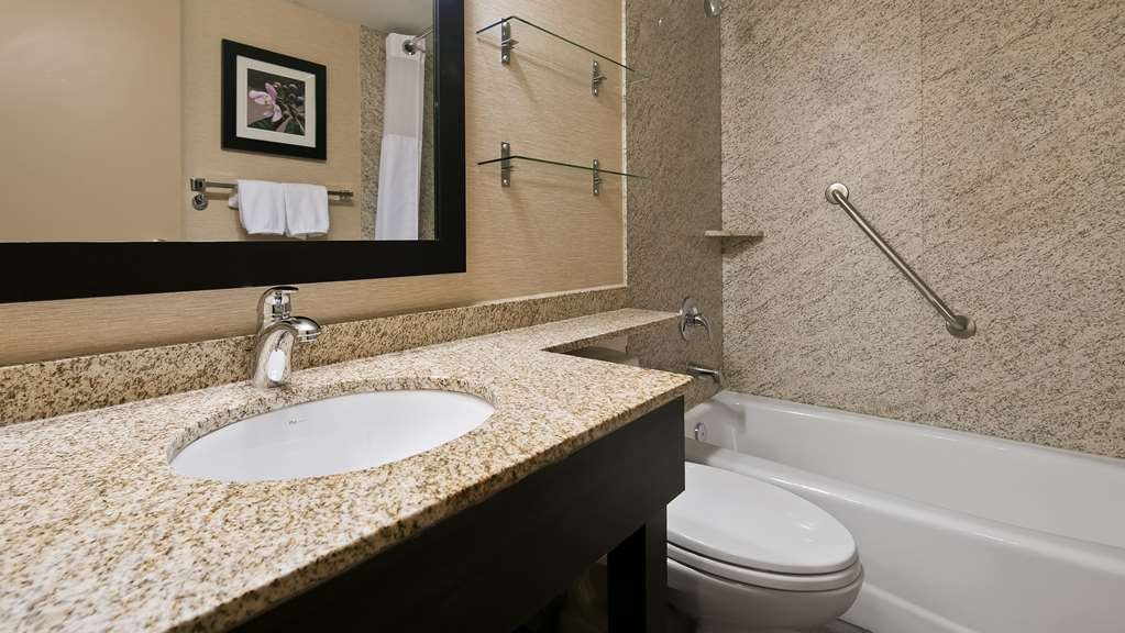 Best Western Plus City Centre Inn - Habitaciones/Alojamientos