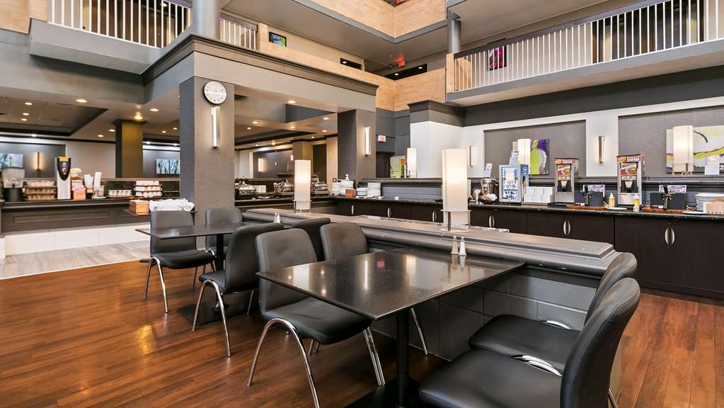 Best Western Plus Village Park Inn - Restaurant / Etablissement gastronomique