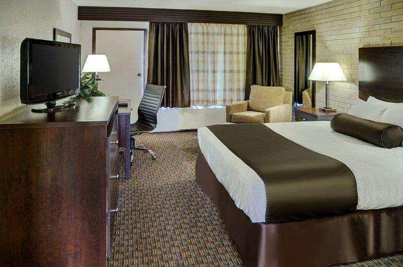 Best Western Cedar Park Inn - Suite