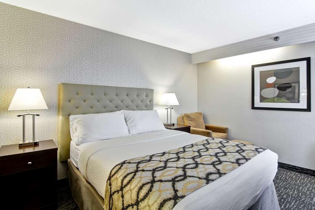 Best Western Cedar Park Inn - Queen Bed Guest Room