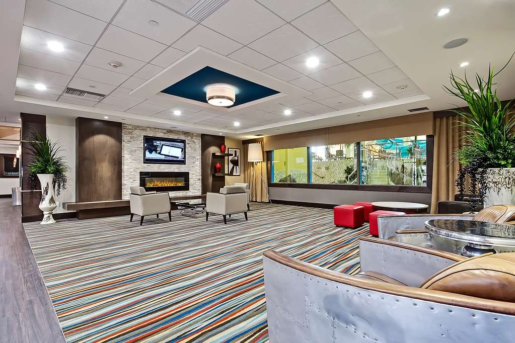 Best Western Plus Port O'Call Hotel - Hall