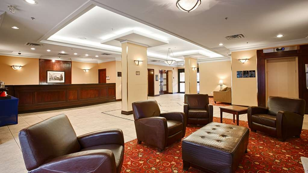 Best Western Plus Suites Downtown - Lobbyansicht