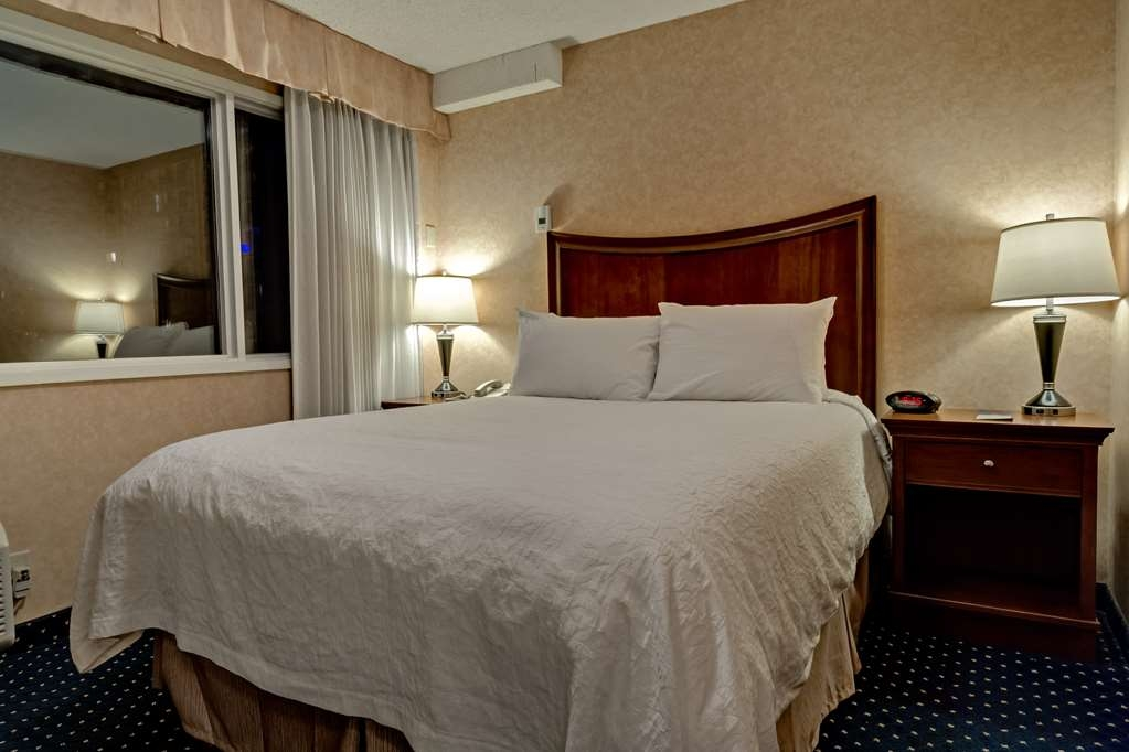 Best Western Plus Suites Downtown - Wake up refreshed with our luxurious pillow top queen beds.
