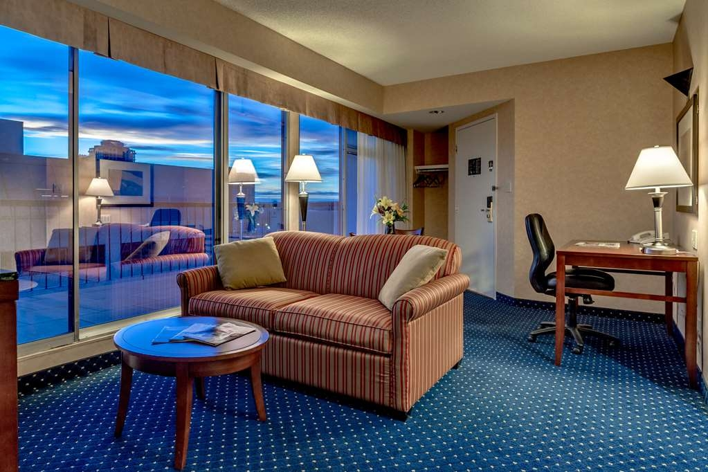 Best Western Plus Suites Downtown - Suite