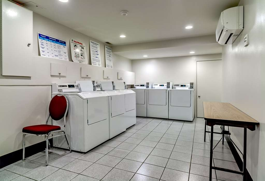 Best Western Plus Suites Downtown - We provide our guests self-serve laundry facilities. Hours: 7:00 a.m. - 11:00 p.m. daily.